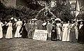 Actresses Franchise League at Women's Coronation Procession, suffrage, 17 Jun 1911.jpg