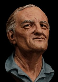 Age progression sculpture by Karen T. Taylor of fugitive William Bradford Bishop at about age 77.jpg