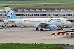 Aigle Azur, F-HBAL, Airbus A319-111 (27852030094).jpg