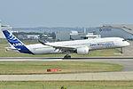 Airbus A350-900 XWB Airbus Industries (AIB) MSN 001 - F-WXWB (10498510293).jpg