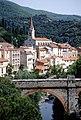 Amélie-les-Bains-Palalda - la rivière Le Mondony et l' église Notre-Dame-de Vie.jpg