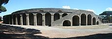 Trường đấu thời La Mã (Amphitheatre) ở Pompeii