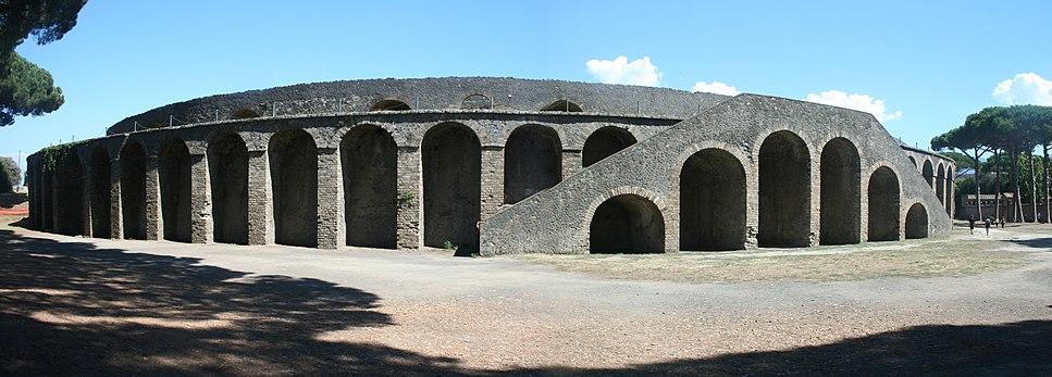 Amphitheatre in Pompeji