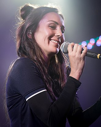 Amy Shark - Shark performing in Los Angeles, California on 20 February 2018.