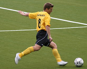 Anders Svensson (footballer, born 1976) - Anders Svensson playing for IF Elfsborg.