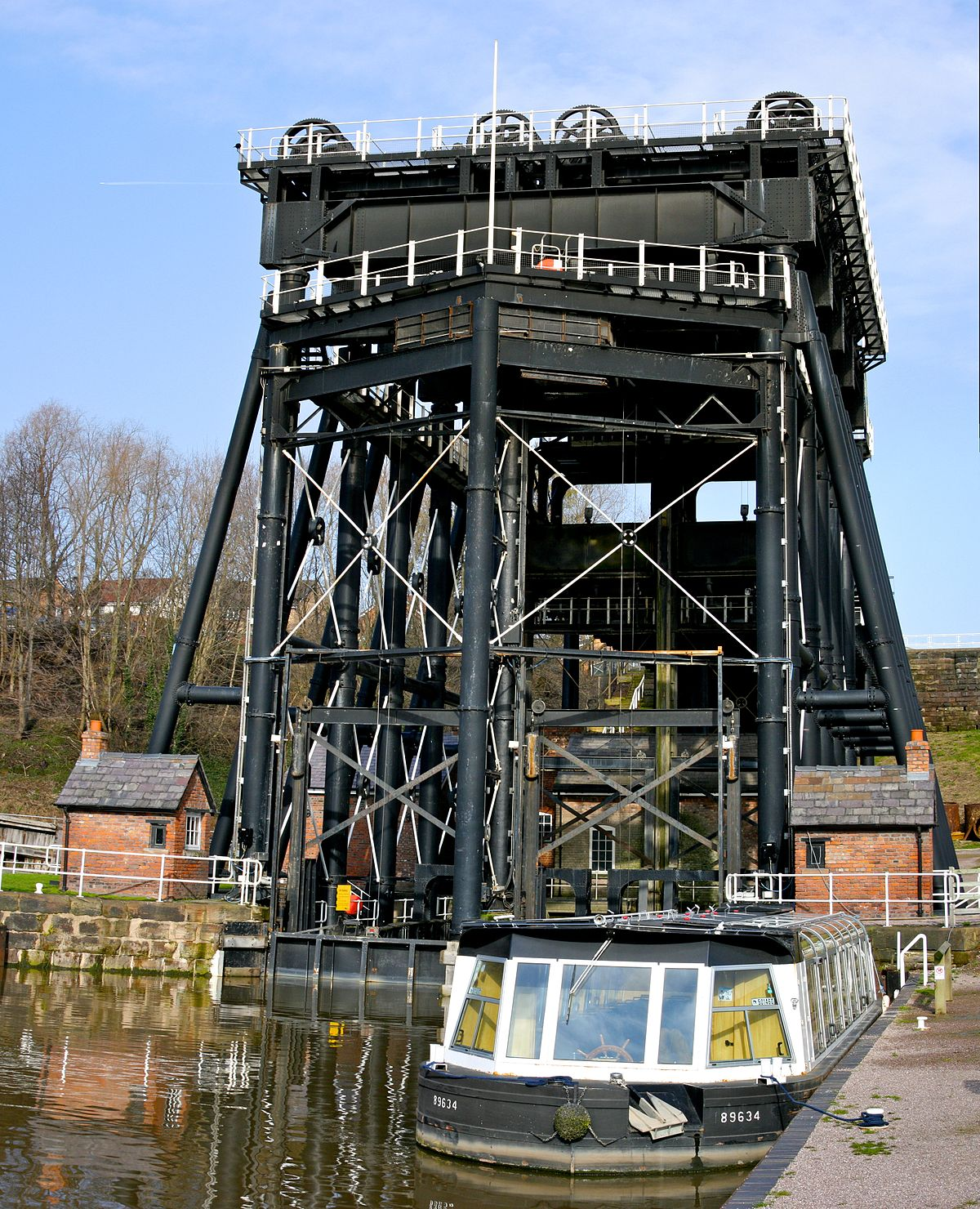 Anderton Boat Lift - Wikipedia
