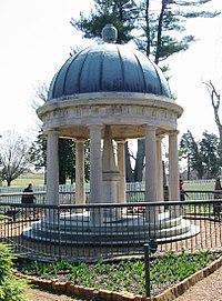 Andrew Jackson Tomb.jpg