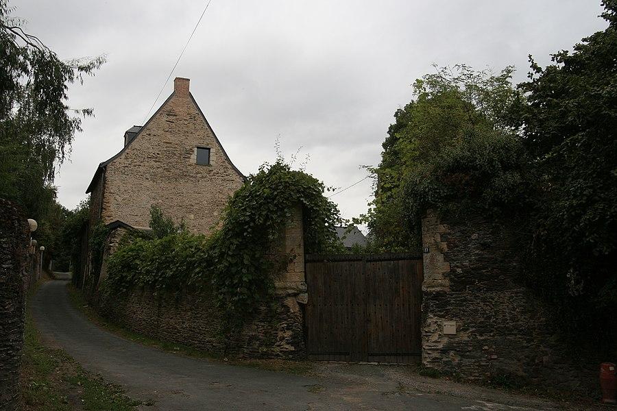 Ancien prieuré de la Papillaie à Angers.