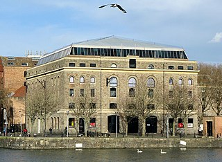 Arnolfini Art Gallery, Performance Arts, Cinema in England, UK