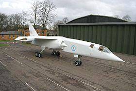 Un TSR-2 restauré, exposé actuellement a l'Imperial War Museum.