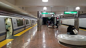 BART train at Montgomery station, October 2017.jpg