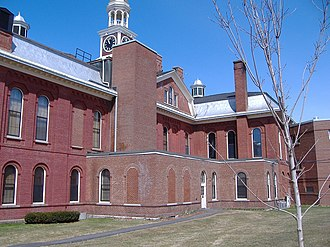 Aroostook County, Maine - Image: Backside of Houlton Courthouse