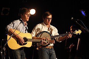 Balmorhea (band) - L to R: Lowe and Muller in concert with Balmorhea in 2010