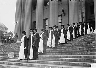 Barnard College - Members of the Barnard class of 1913