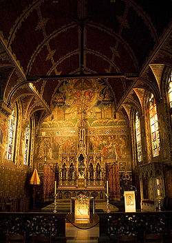 Basilica of the Holy Blood – Main altar.jpg