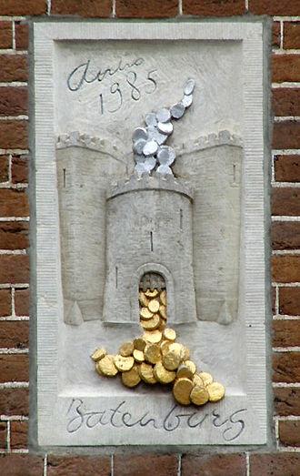 "Visual pun - Batenburg (""profit castle"") gevelsteen, Amsterdam"