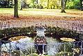 Bayreuth Dürschnitz 7, Miedels-Gut, Springbrunnen, 02.10.00.jpg