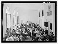 Beirut, Junior Girls' College, dining hall, int(erior), girls at table LOC matpc.12788.jpg