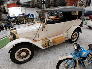 Benz 14-30 PS 1915 pic3.jpg