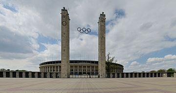 Berlin - Olympiastadion3.jpg