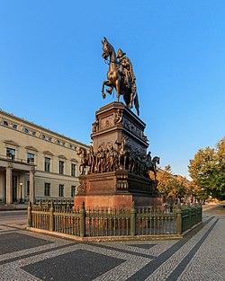 Berlin Friedrich II Denkmal 09-2017 img1.jpg
