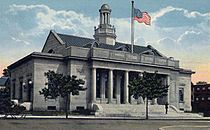 Beverly Main Post Office, Beverly, MA.jpg