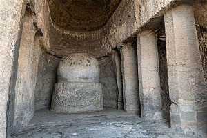 Manmodi caves - Inside of the Chaitya.