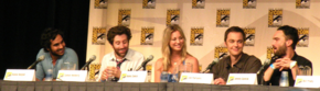 Da sinistra: Raj, Howard, Penny, Sheldon e Leonard, ovvero il cast originale della sitcom.