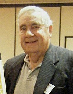 Bill Owen (writer and announcer)