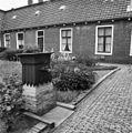 Binnenhof met pomp - Leeuwarden - 20132184 - RCE.jpg