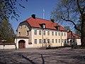 Biskopsgården vid Domkyrkoparken i Linköping, den 26 april 2007.JPG