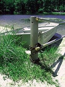 Boat, tied.jpg
