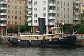 Bogserbåten Björnen juni 2011.jpg