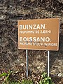 Boissano road sign in ligurian and italian.jpg