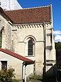 Bonneuil-en-Valois (60), église Saint-Martin, abside, vue depuis le sud.jpg