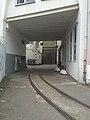 Borselstraße Gleise Hofeinfahrt.jpg