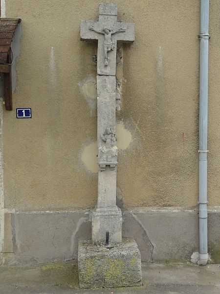 Brémoncourt (M-et-M) croix de chemin