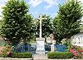 Brétigny monument.jpg