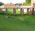 Brücke zum Weißenburger Tor - panoramio.jpg
