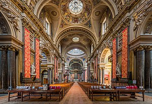 Brompton Oratory - The nave of the oratory church