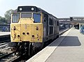 Brush type 2, no. 31296 pauses for the right-of-way, northbound, Leicester station, Nigel Tout, July 1985.jpg