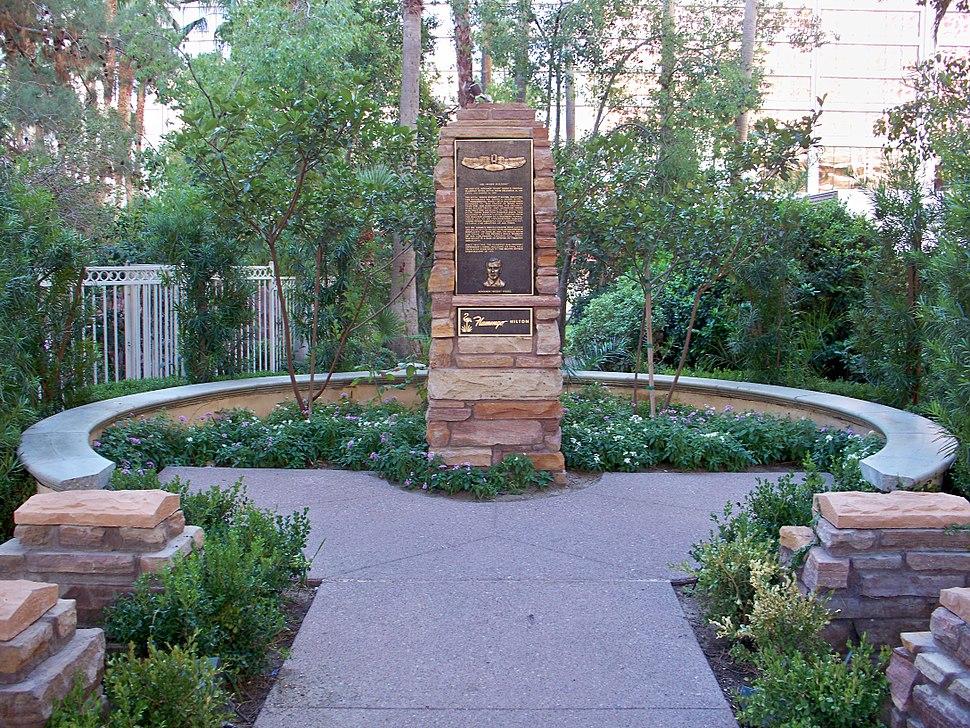 Bugsy Siegel Memorial Flamingo 20121103