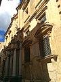 Buildings in Valletta 14.jpg