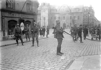 Reichsexekution - Soldiers on the streets during the Reichsexekution against communists in Saxony in 1923