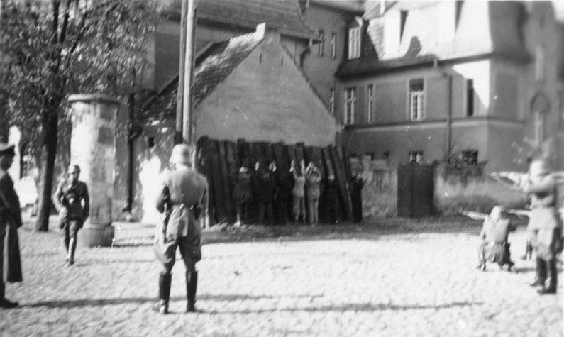 Bundesarchiv Bild 146-1968-034-19A, Exekution von polnischen Geiseln