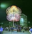 Bundesarchiv Bild 183-M0802-0411, Berlin, Alexanderplatz, Festivalblume.jpg