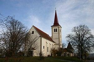 Burgau_Pfarrkirche.jpg