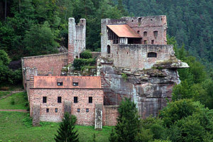 Rock castle - Spangenberg Castle (Palatinate Forest), with the upper ward on the rock and the lower ward in front of it