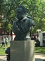 Bust of Victor Hugo at the Hermitage Garden in Moscow.jpg