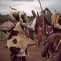 COLLECTIE TROPENMUSEUM Een dansvoorstelling van de Village Dancers TMnr 20038857.jpg